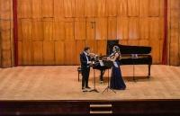 Џулијан Рахлин са супругом Саром Мекелреви и Софи Рахлин на Коларцу